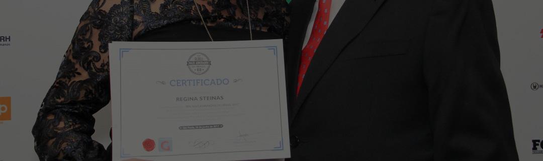 """Regina Steinas, diretora de RH da Healthways, é premiada no """"RHs Mais Admirados do Brasil e América Latina 2017"""""""